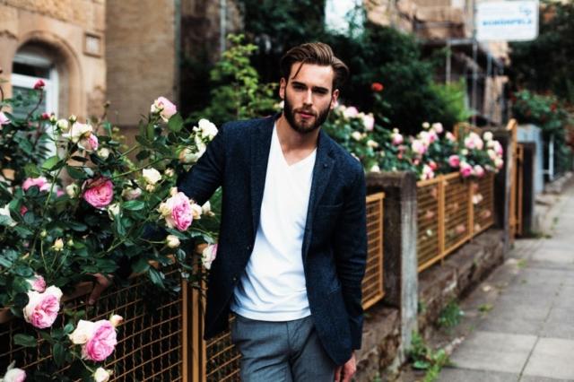 Портрет красивого парня в Штутгарте, фотосессия для модельного агентства в Германии