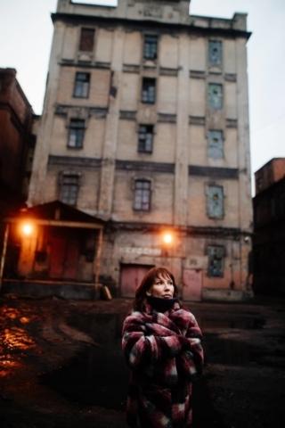Красный треугольник фотосессия необычные места для съёмки в Санкт-Петербурге 1